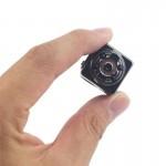 Mini κρυφή κάμερα με εγγραφή βίντεο και κάρτα μνήμης έως 32GB